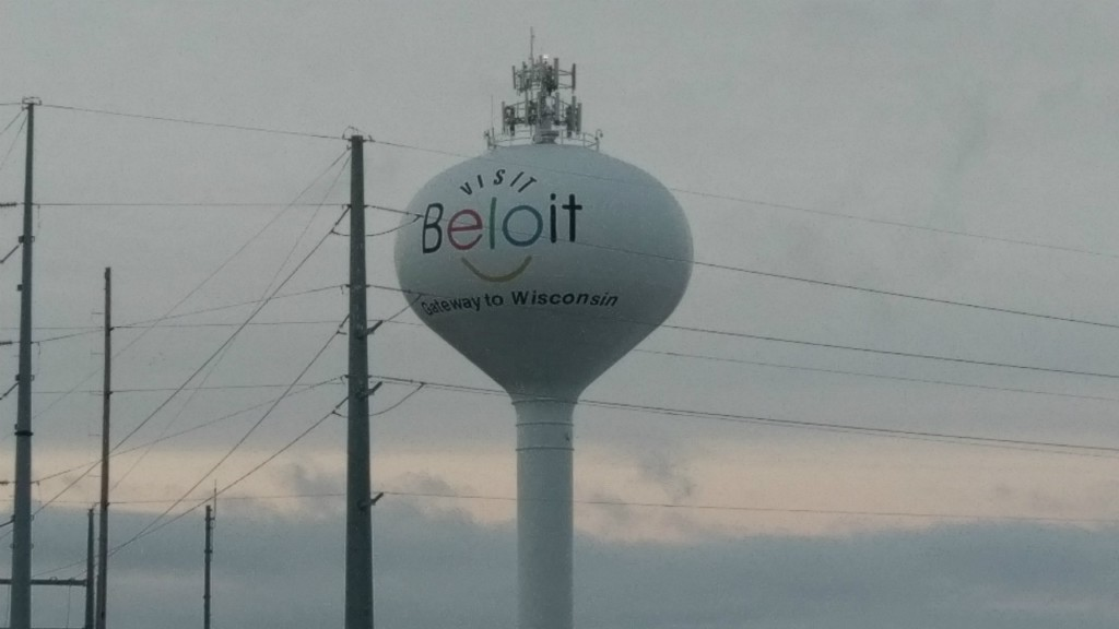 Low-flying helicopter in Beloit part of construction project