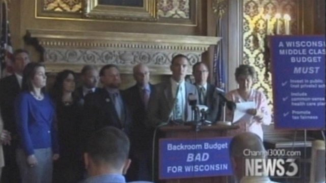 Lawmakers continue work on budget deal