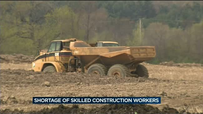 Wisconsin faces construction worker shortage as home building projects increase