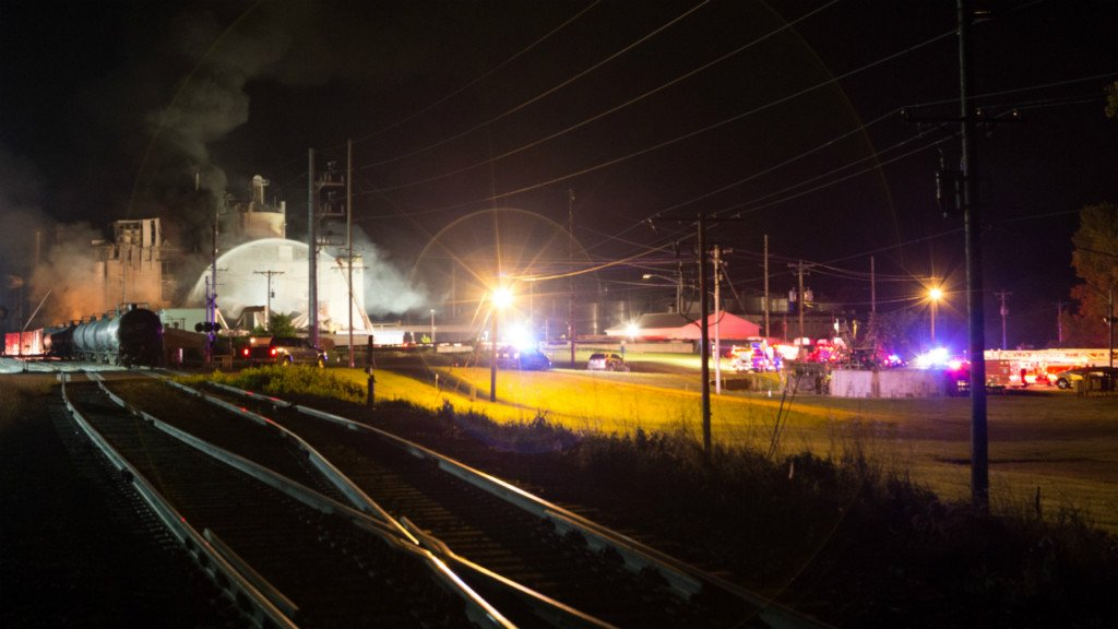 1 killed, 14 injured in Didion mill explosion, officials say