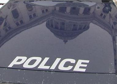 Officer accidentally fires gun at Executive Residence