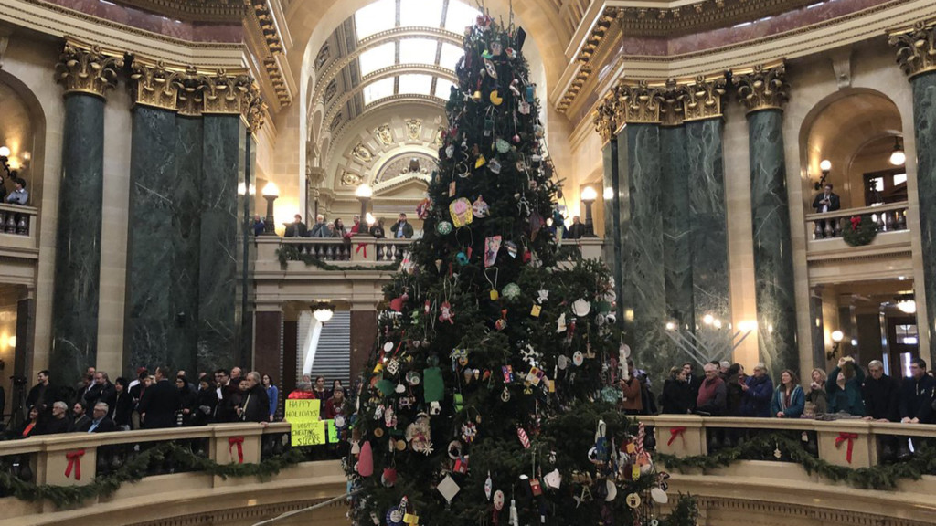 Gov. Evers goes back to calling Capitol evergreen 'holiday tree,' announces 2019 theme