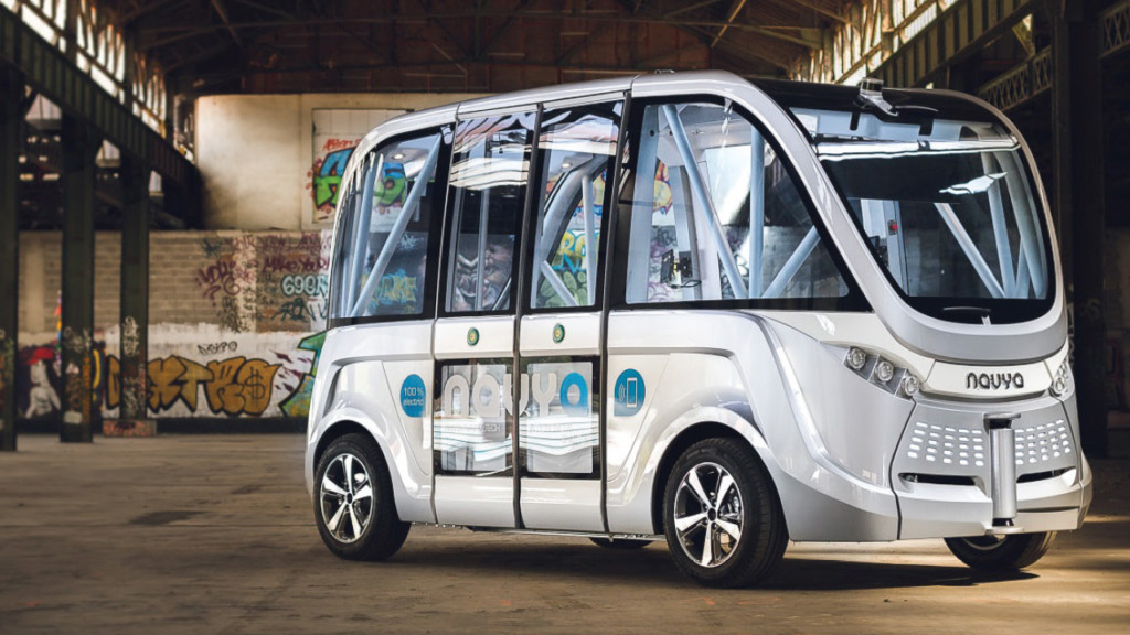 Driverless cars are pulling in