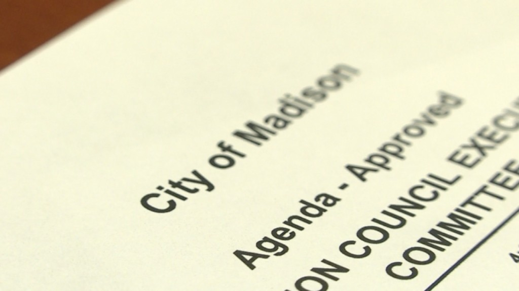 Madison city council to clarify ordinance with breast feeding clause