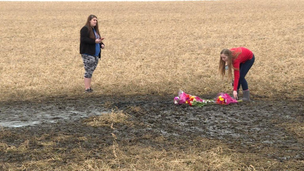 Classmates mourn teens killed in Green County crash
