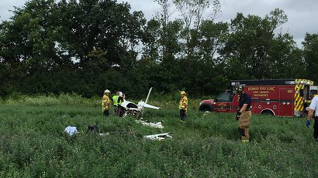 2 injured in crash at Fond du Lac County Airport