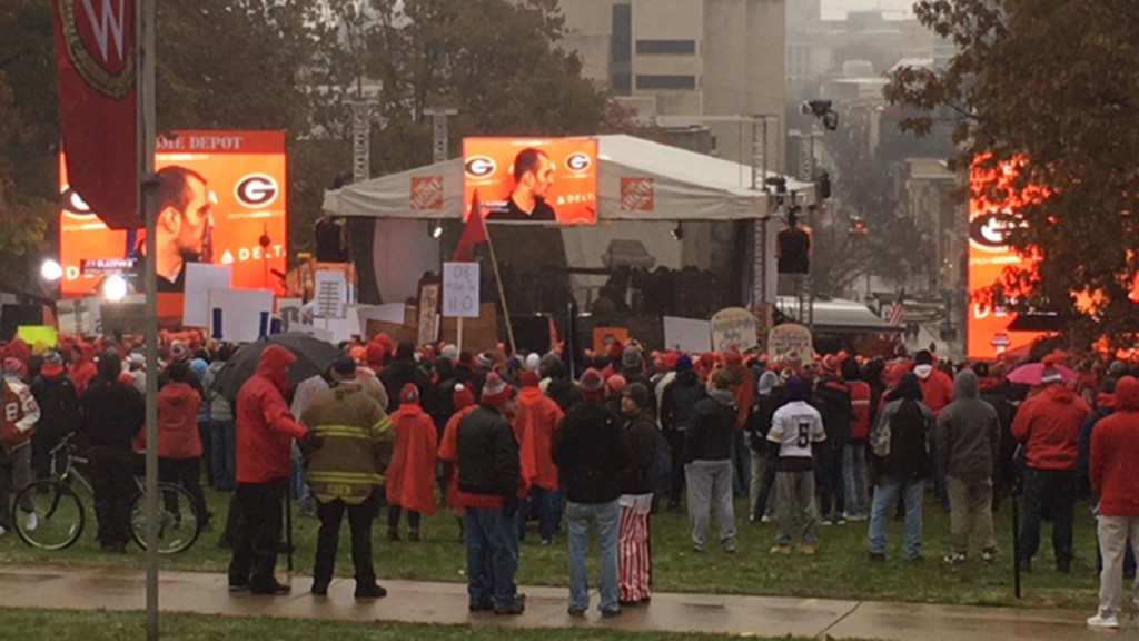 Wisconsin fans line up for ESPN's College GameDay