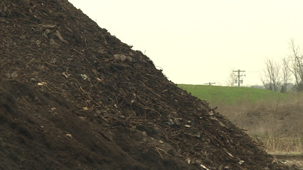 Dane County to distribute free compost material