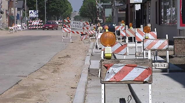 Waunakee construction creates mixed feelings for business owners
