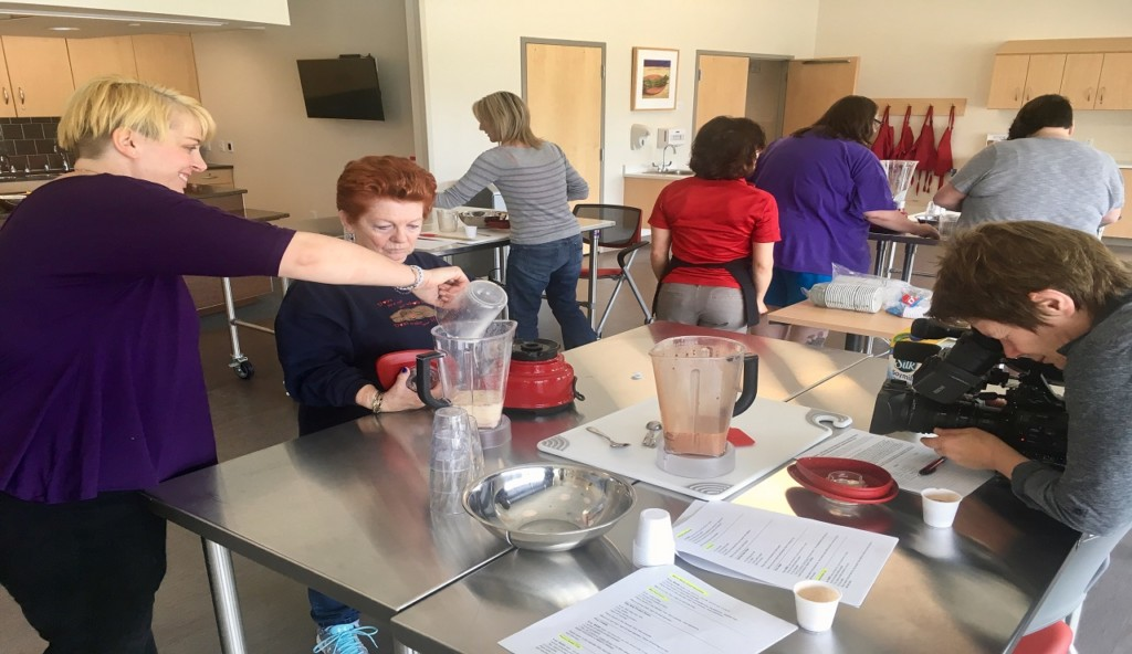 UW Health cooking class connects weight loss surgery patients