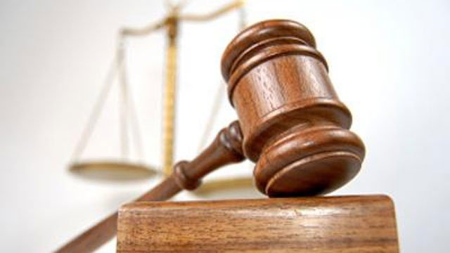Wisconsin lawyers seek to increase public defender pay