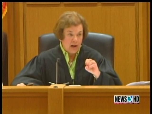 Report: Dane County judge in union case considering run