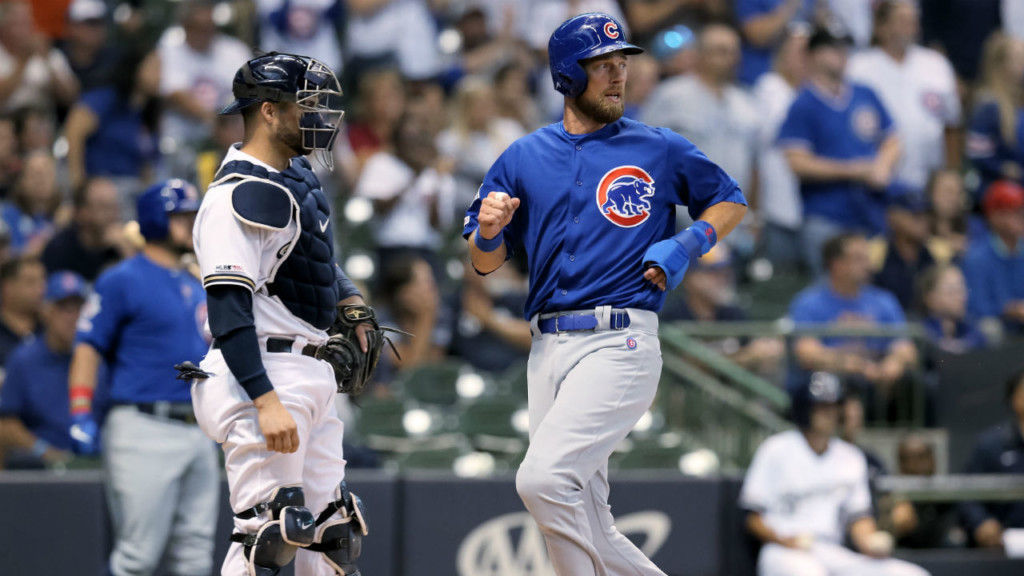 Schwarber's blast sinks Brewers, 10-5