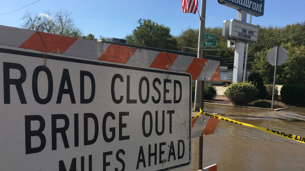 Main Street bridge in Darlington closed due to flooding