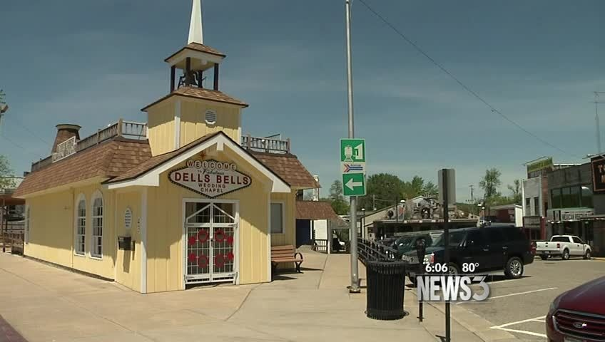 Wisconsin Dells chapel prepares for ruling on same-sex marriage