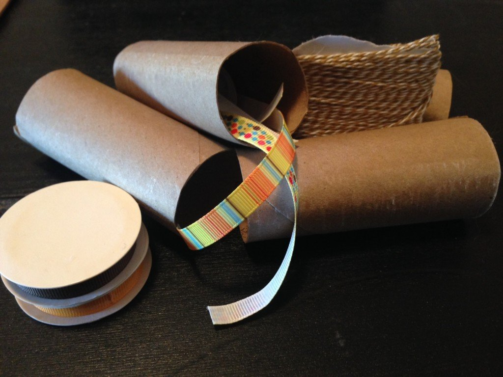 Toilet paper rolls make cute, recycled gift boxes