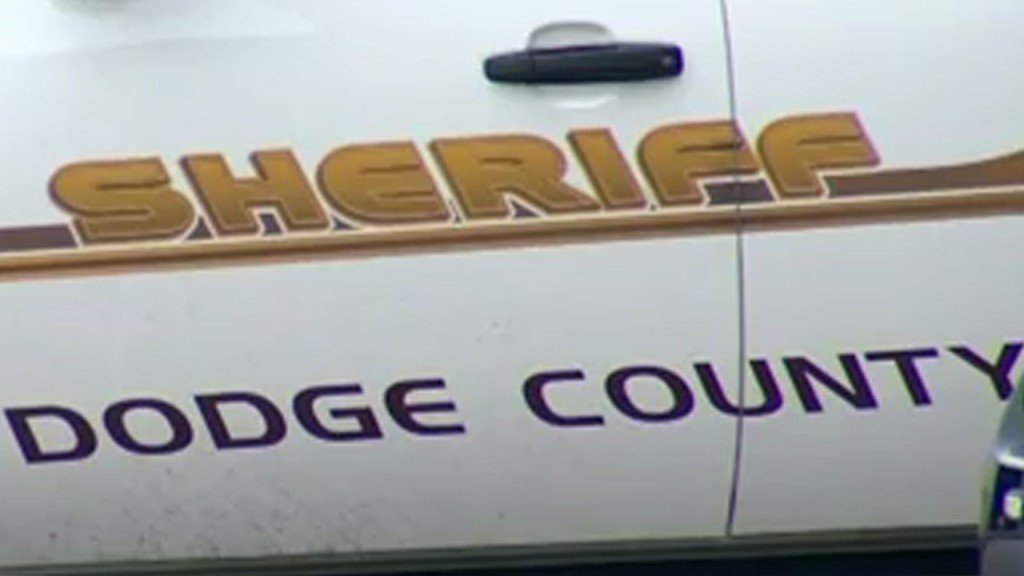 Man shot on wayside of I-41 in Dodge County
