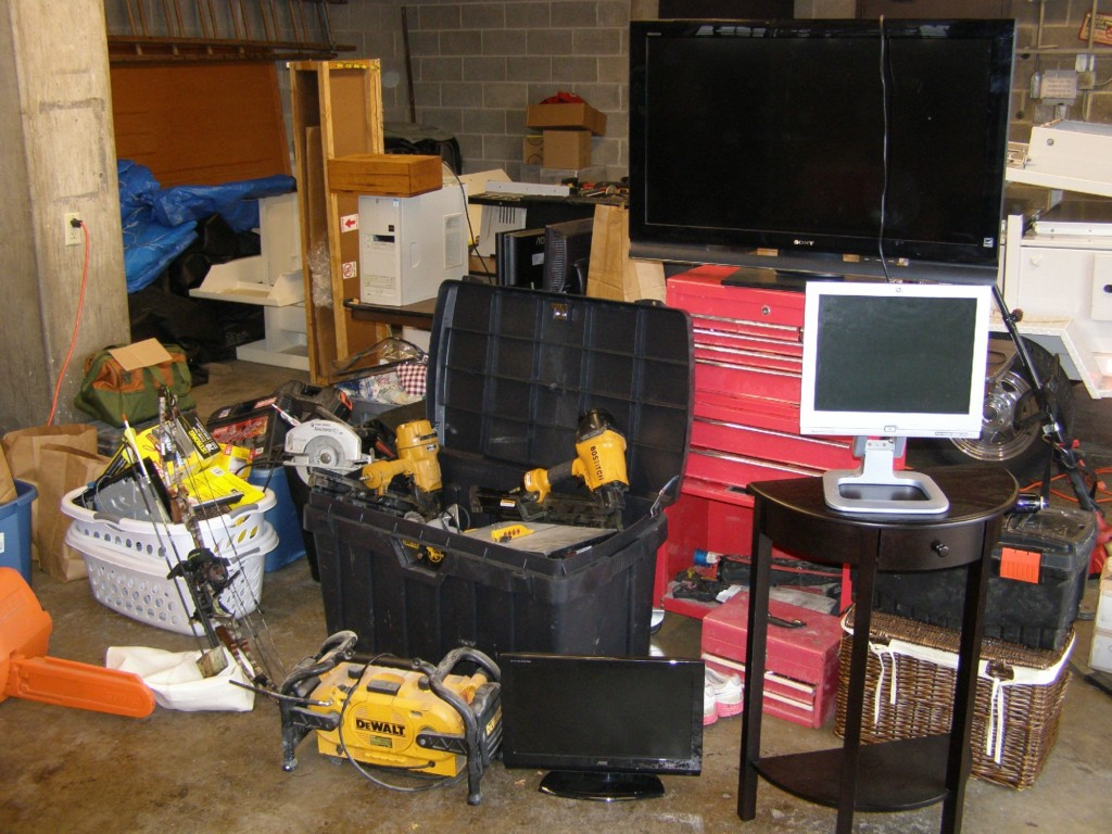 Deputies find stolen items from numerous counties, 2 arrested