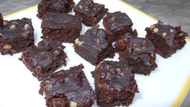 Donna's Brownies (Fudgy Texture) With A Secret Ingredient (Beets)