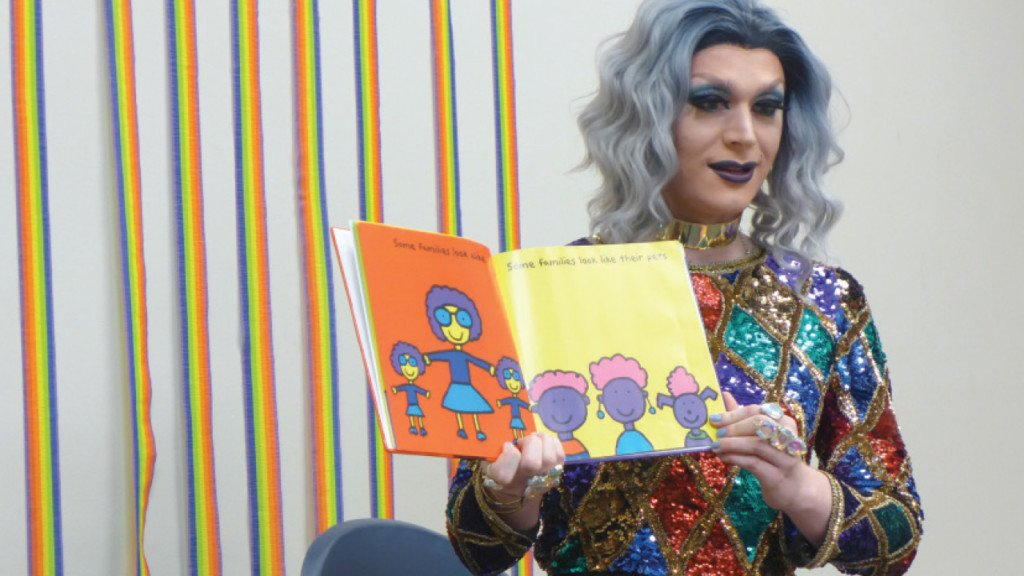 'Drag Queen Storytime' to go off as planned amid public backlash