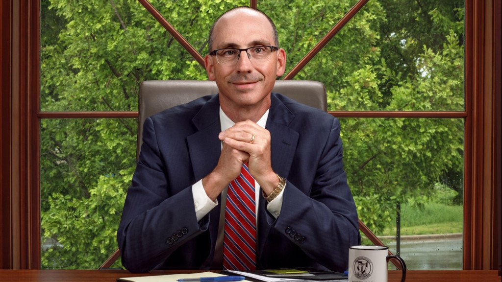 Edgewood College president steps down to take position with higher education search firm