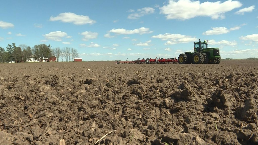 Wet fields delay planting for local farmers