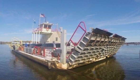 DOT: Merrimac Ferry closes for season