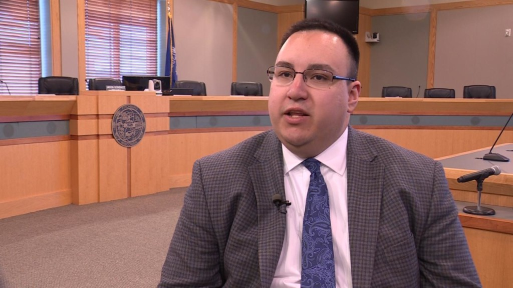 Fitchburg community members announce recall effort against mayor