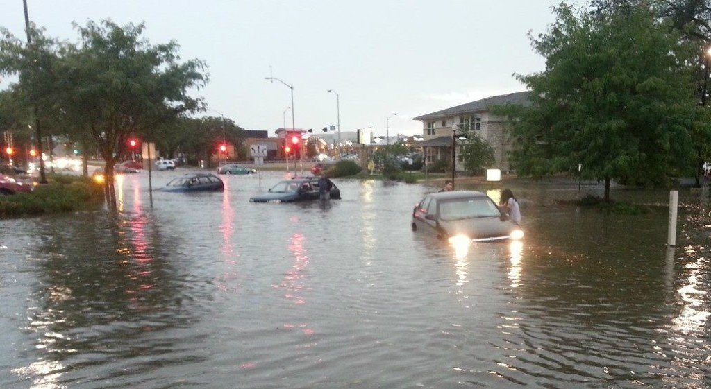 University Avenue floods during rainstorm