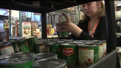 Volunteers calling for increase in Thanksgiving food donations