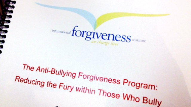 Program teaches kids around the world to 'remember to forgive'