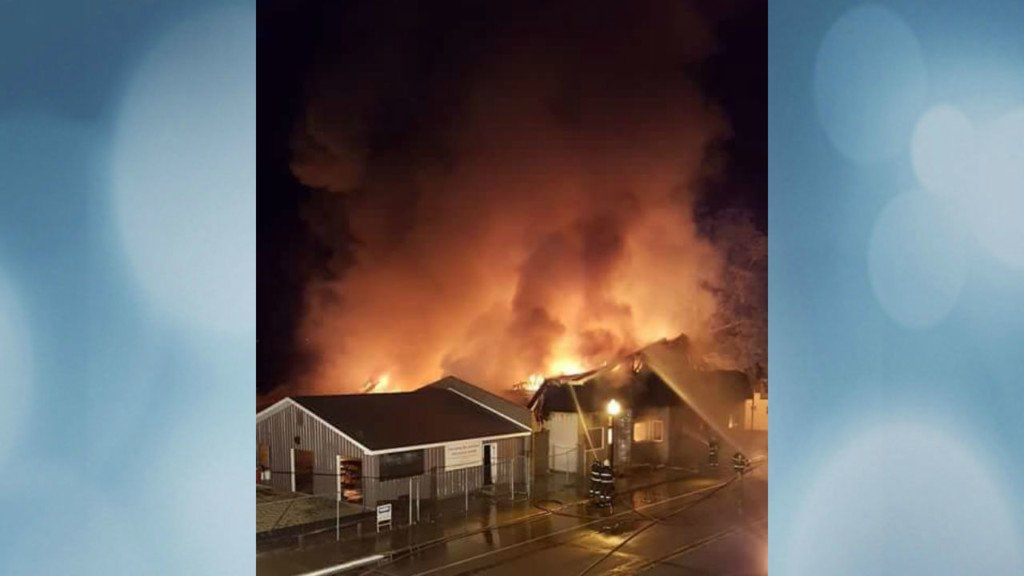 Officials investigate cause of fire that destroyed Friendship Bar and Bowl