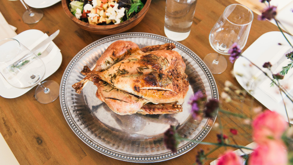 5 Thanksgiving meals and wine tastings this week