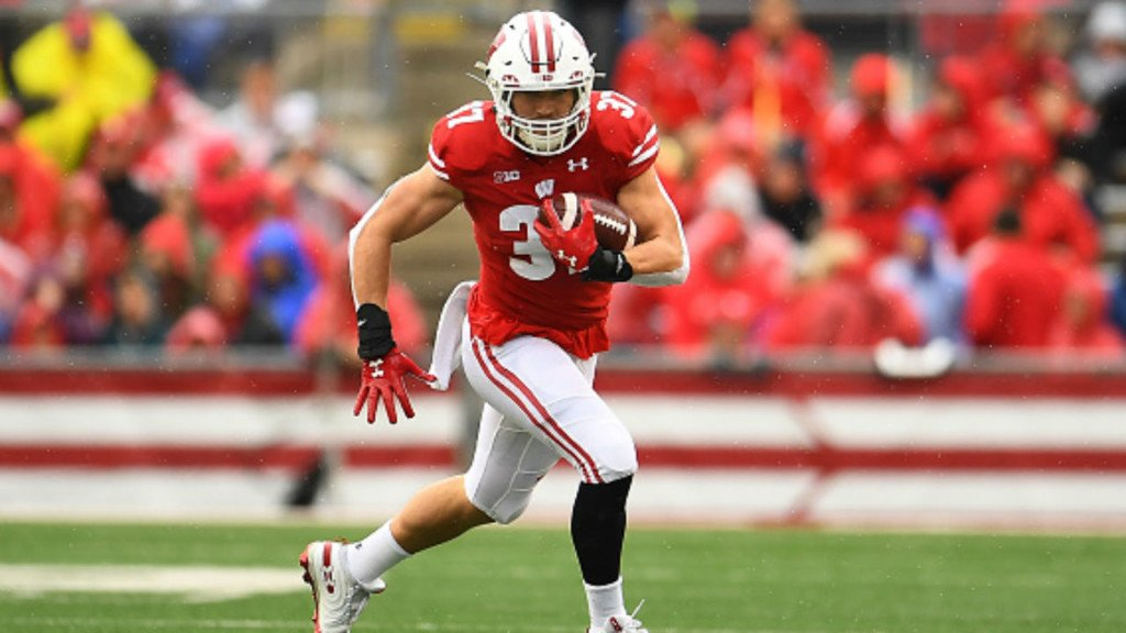 No. 8 Badgers on top of Michigan State at half, 17-0