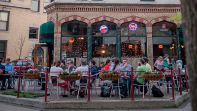 Where to eat outside this summer