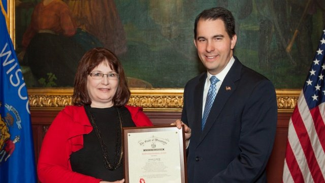 UW Extension educator wins Governor's Financial Literacy Award