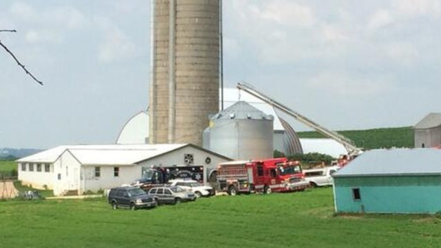 9-year-old killed during grain bin repair