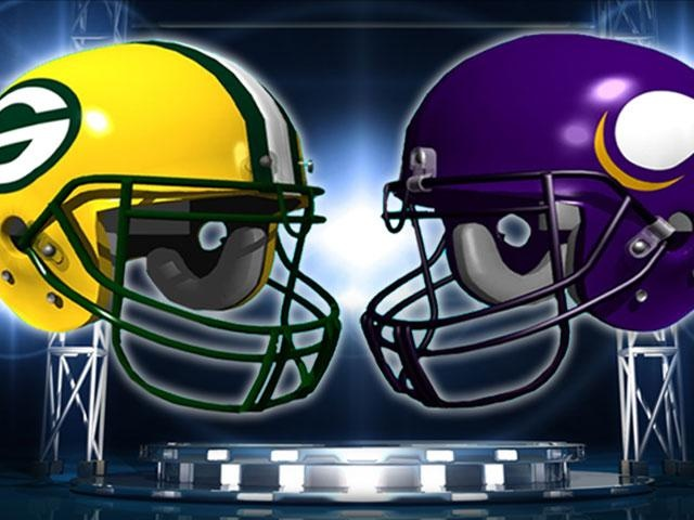 Peppers gets pick 6, Packers rout Vikings 42-10