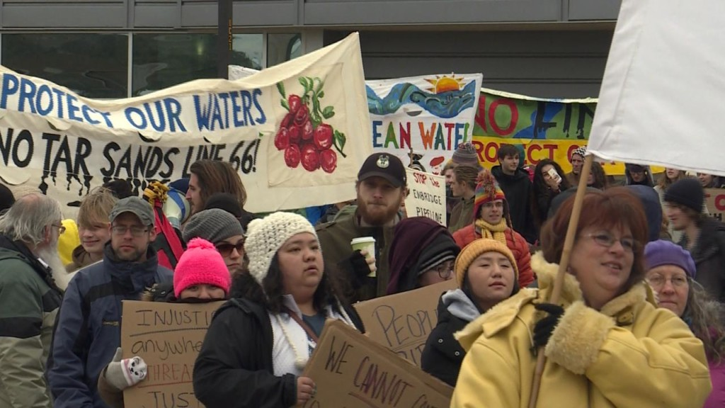 Protesters march against possible Wisconsin pipeline