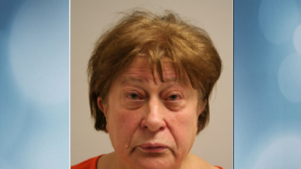 Woman cited on suspicion of 4th OWI after report of intoxicated driver, policy say