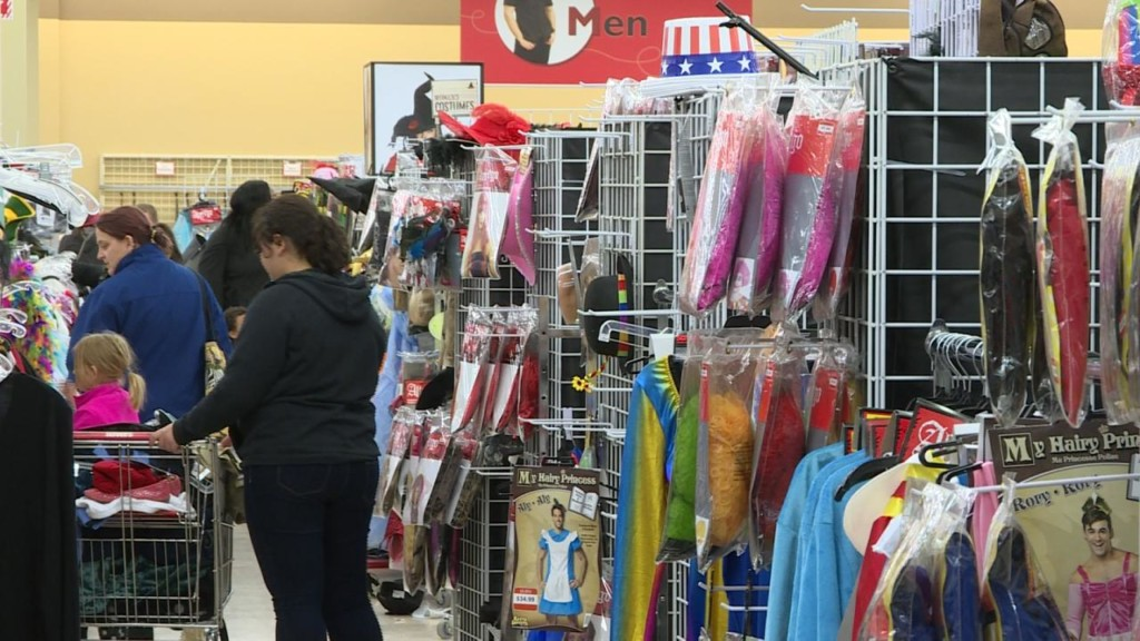 Could robust Halloween sales bring holiday cheer for stores? Retail expert weighs in