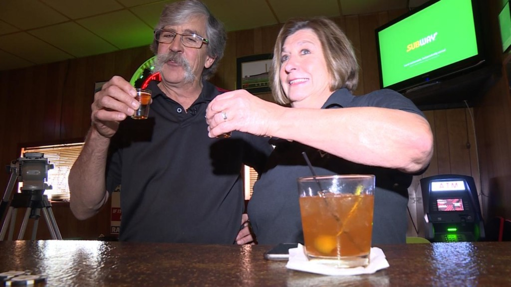 After 67 years, Fennimore tavern serves its final round