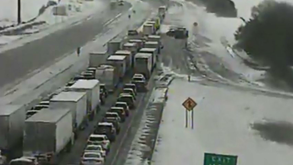 I-90 eastbound lanes reopen after roughly 20 cars crash in ditch