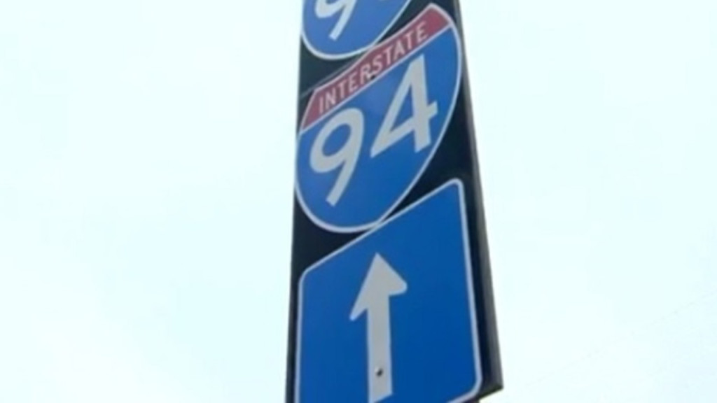 31-year-old Fitchburg man dies after being hit by car while walking across I-94, police said