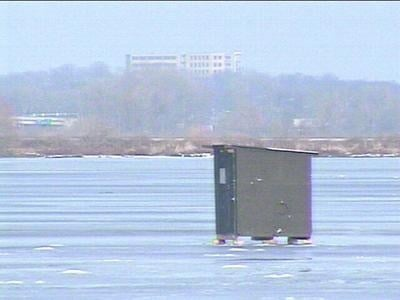 Warm weekend weather may be bad news for ice fishers