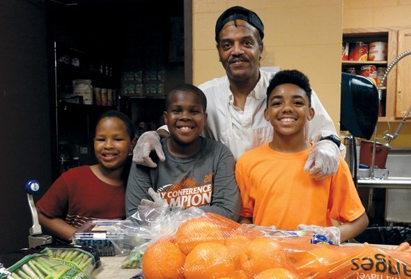 Health Hero Brian Bey Provides Healthy Meals for Kids