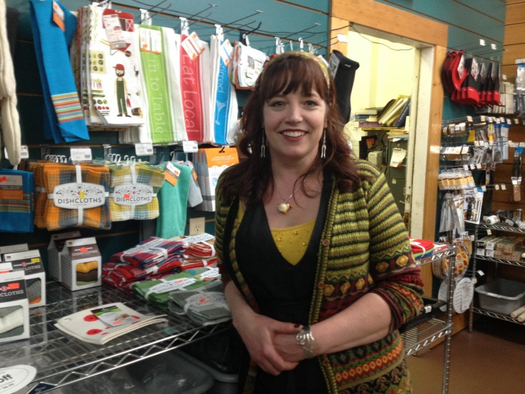 Wisconsin Cutlery's new owner offers last-minute gift ideas