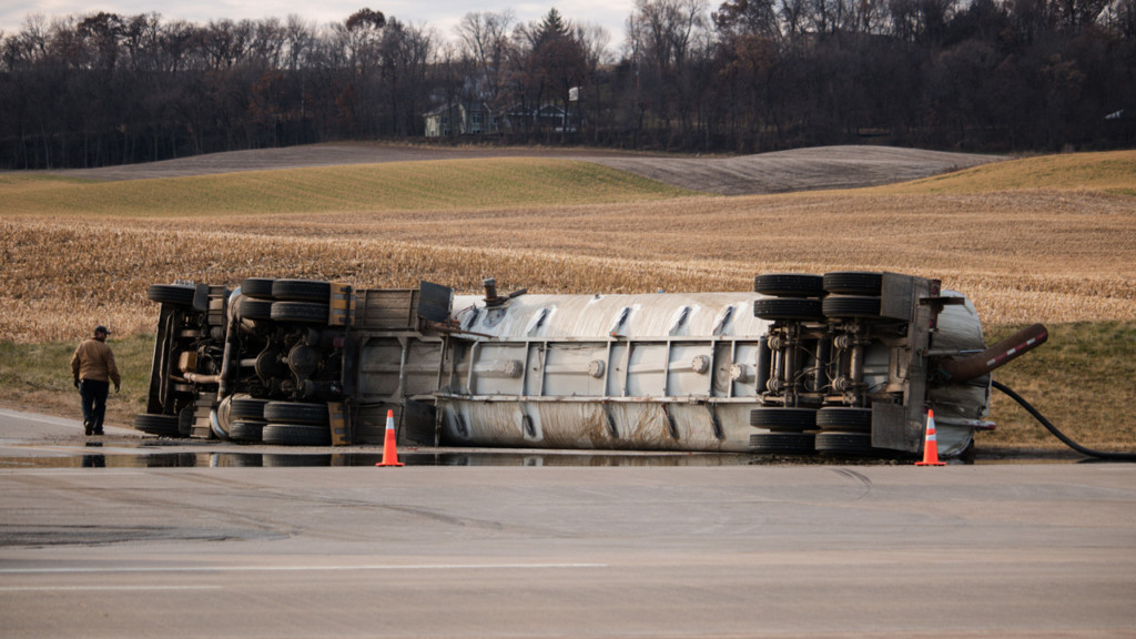 Sheriff's department responds to tipped over manure truck