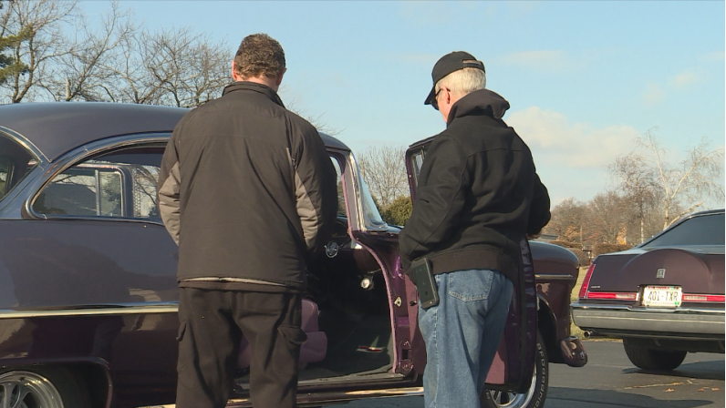 Funeral home organizes classic car send-off for man with no immediate family