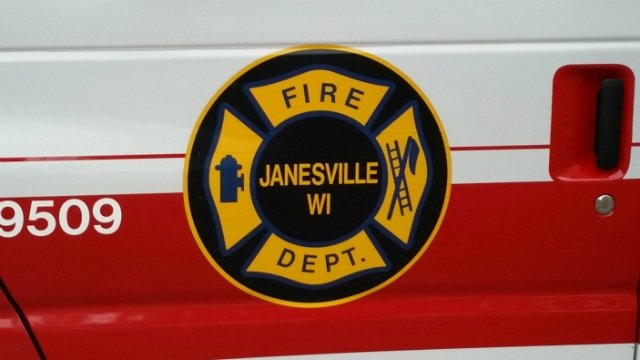 Garage fire damages half of Janesville duplex